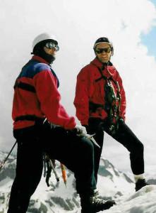 Üllar Rosenfeldt ja Kaido Pähn vaatlevad Tshegeti tippu.